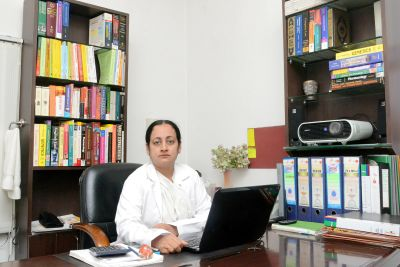 Dr nafeesa Mumbai