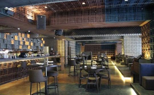 zomato gold restaurants mumbai Farzi cafe