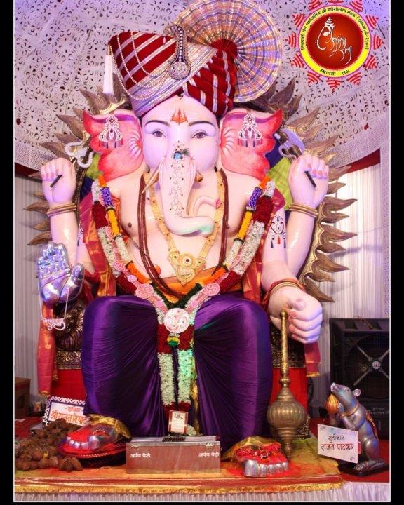 Ganesh Mandals in Mumbai : Girgaon ka Raja