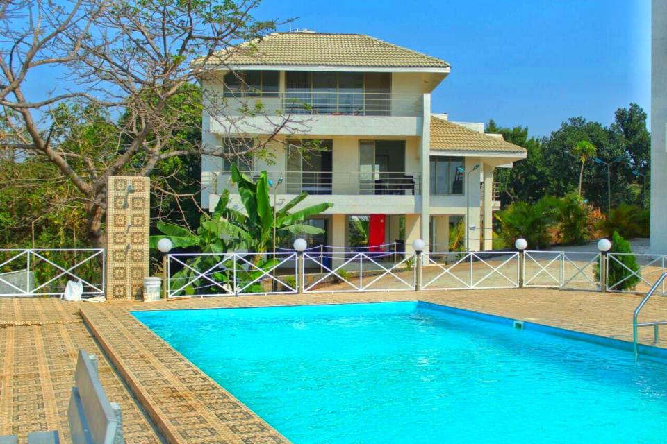 Villas in Mumbai - Dejà Blue