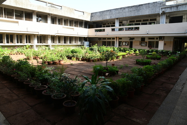 Haunted Places in Mumbai - SNDT Girls College