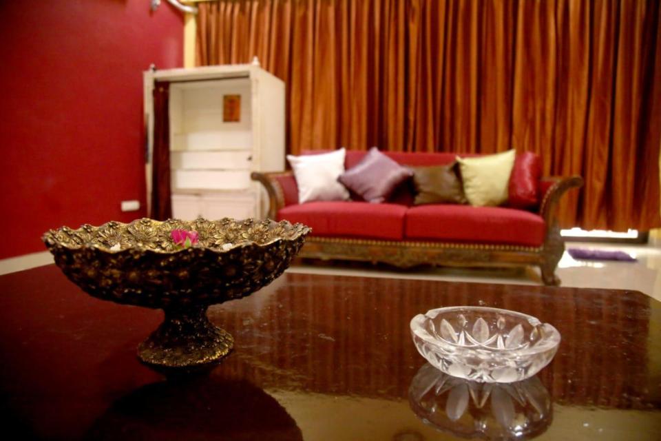 Villas in Mumbai - Shri Villa