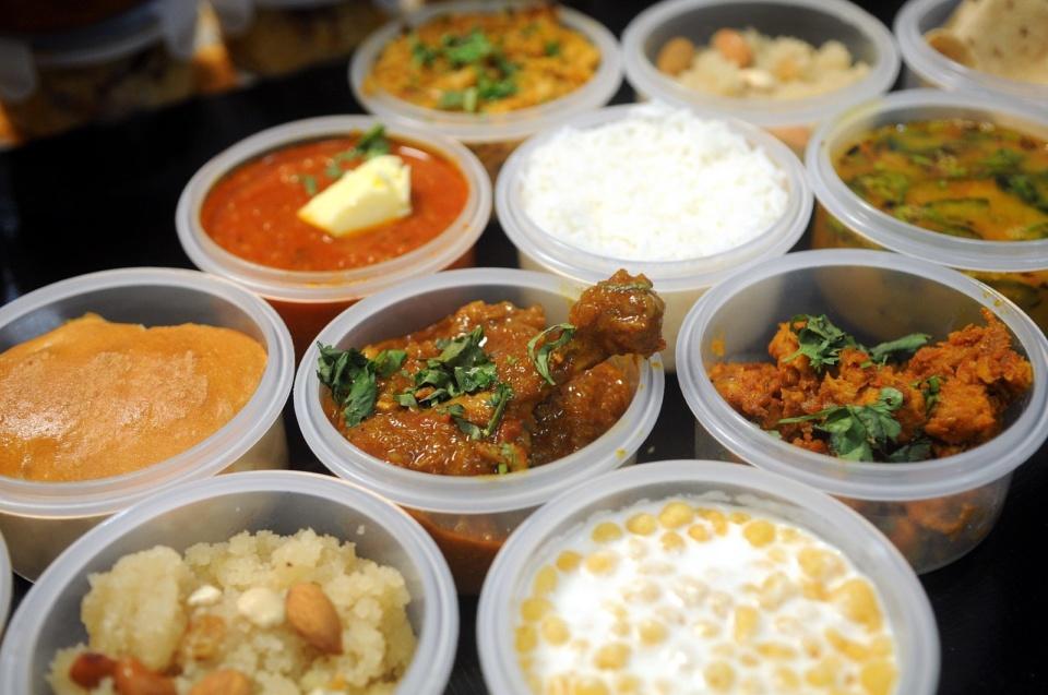 tiffin services in mumbai - Spice Box