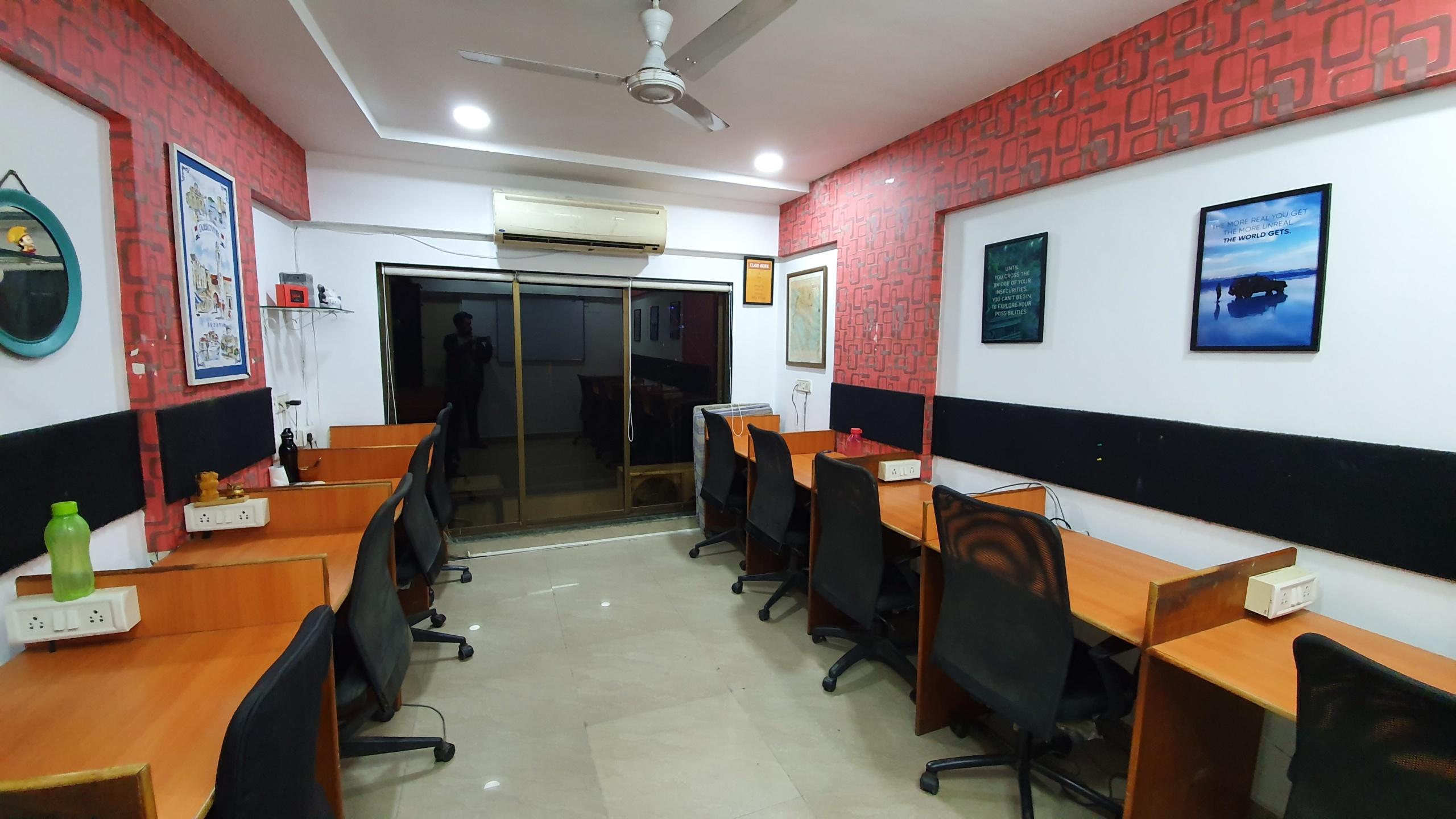 9 seater private cabin in Mumbai