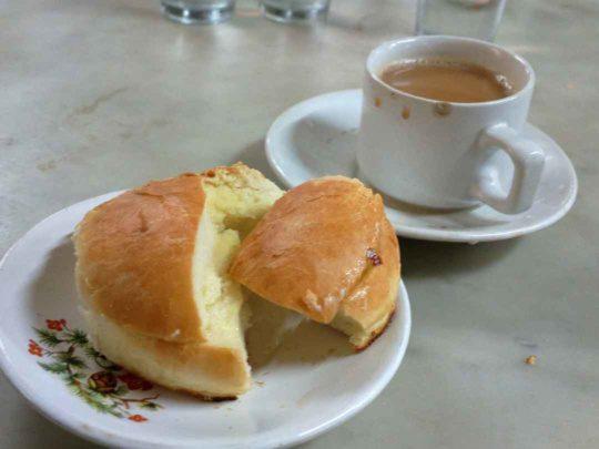 Street Food in Charni Road at B merwans
