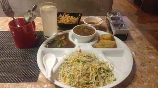 Sahibaan Street Food in Bandra