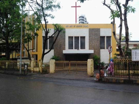 Christmas in Mumbai at orlem church malad