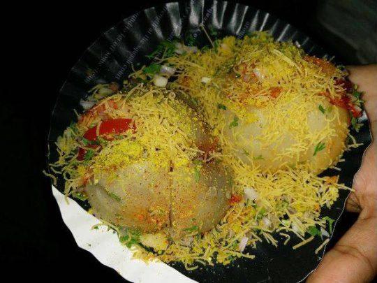 aloo bomb food in Mumbai